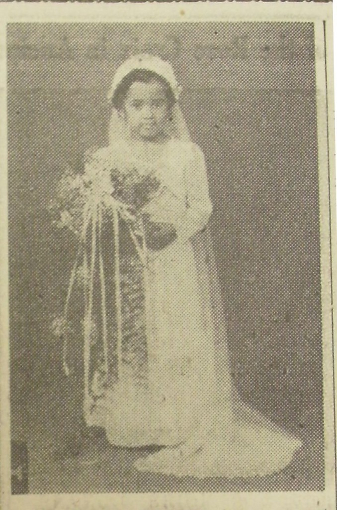 Ann Armentine Smith as the bride in a 1945 Tom Thumb wedding