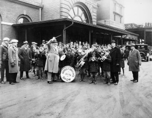 Paul Whiteman leading the Boys Town Band, 1927. Dan Desdunes at left, Father Flanagan at right.