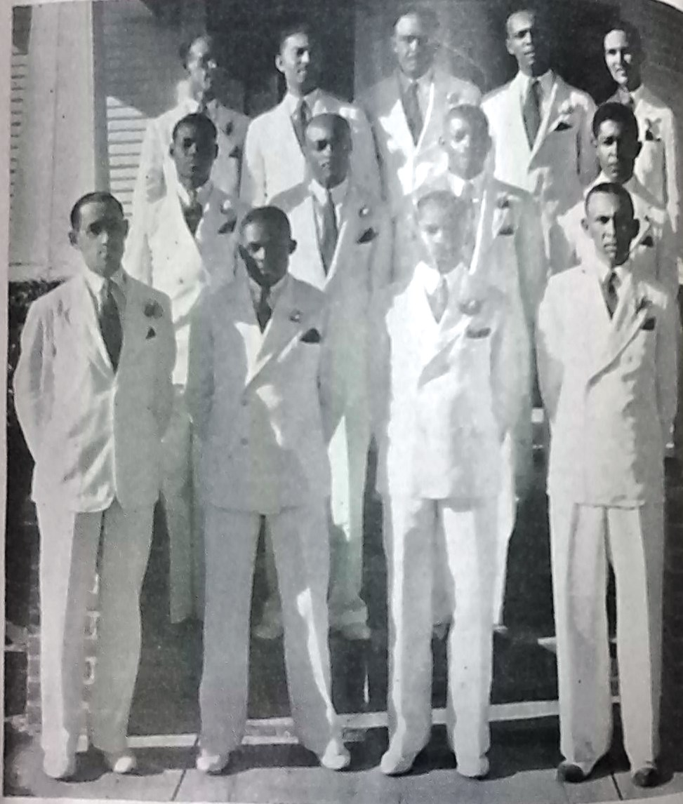 Claver Socialites of Beaumont, TX 1939 cropped